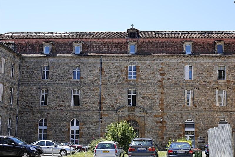 Photo du Monument Historique Hôpital situé à Figeac