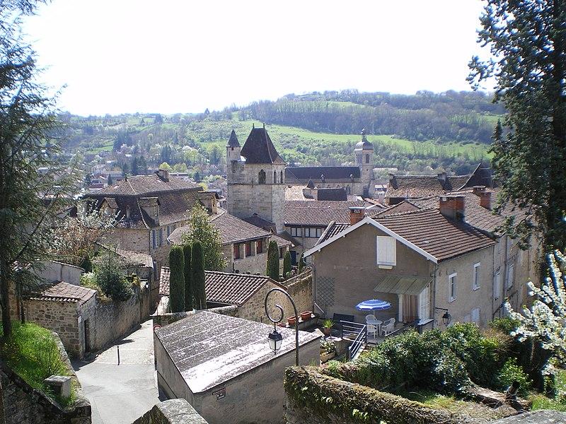 Photo du Monument Historique Ensemble immobilier dit la Viguerie ou Hôtel du Viguier situé à Figeac