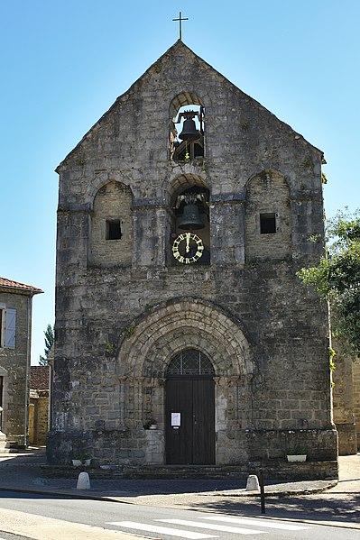 Photo du Monument Historique Eglise situé à Lavergne