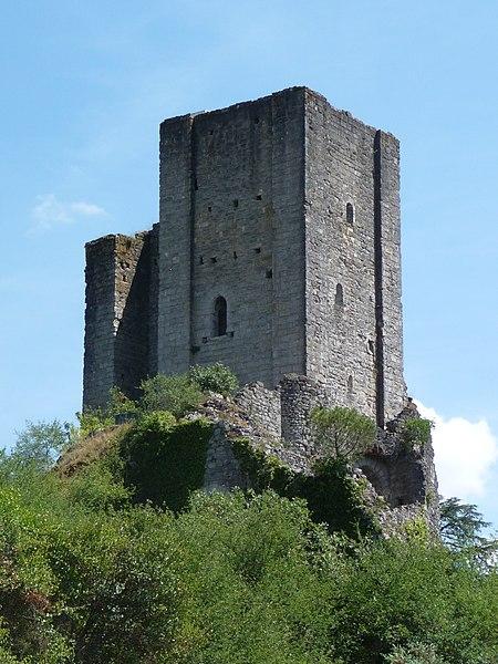 Photo du Monument Historique Ancien château situé à Luzech
