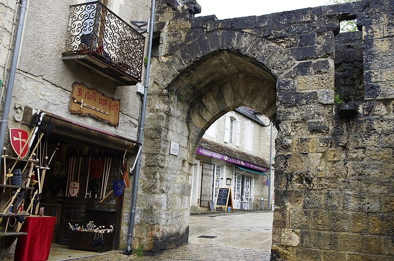 Photo du Monument Historique Porte dite du Figuier situé à Rocamadour