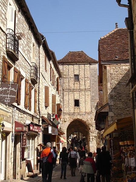 Photo du Monument Historique Porte dite Malbec ou Salmon situé à Rocamadour