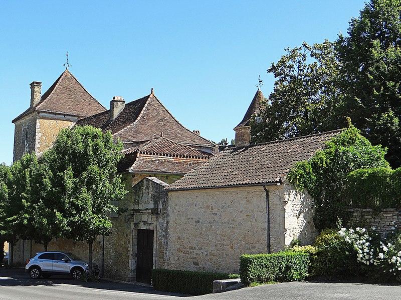 Photo du Monument Historique Château de Lacoste situé à Salviac