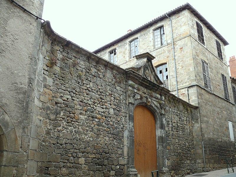 Photo du Monument Historique Hôtel d'Arnaldy ou de Monsembernard situé à Figeac