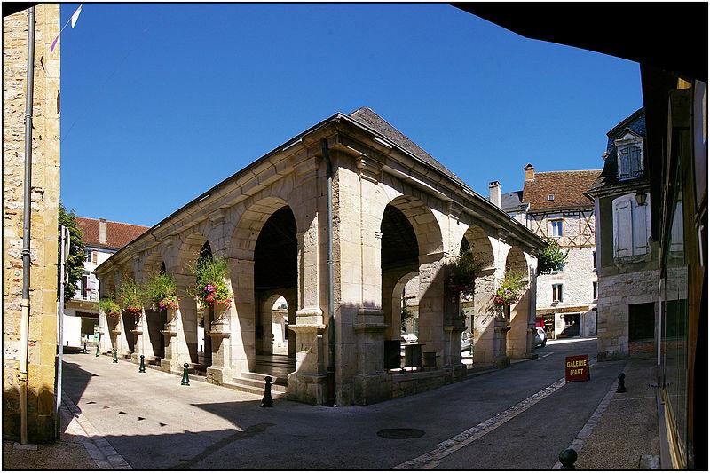 Photo du Monument Historique Halle situé à Souillac