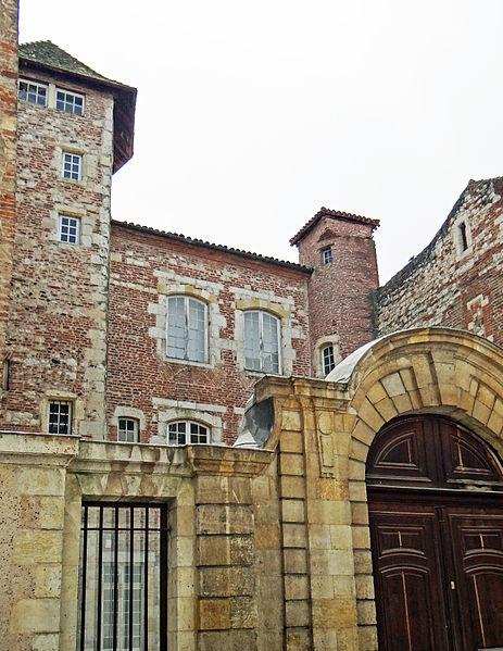 Photo du Monument Historique Ancien Hôtel Monluc situé à Agen