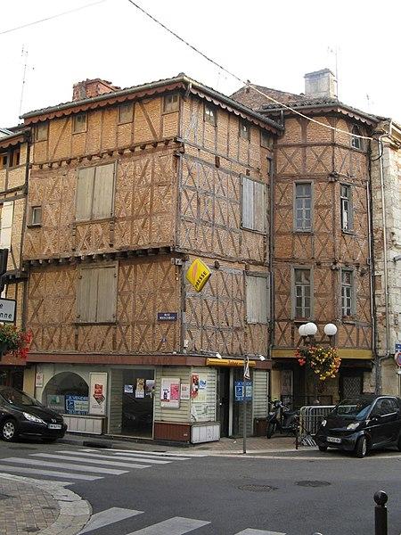 Photo du Monument Historique Maison à pans de bois situé à Agen