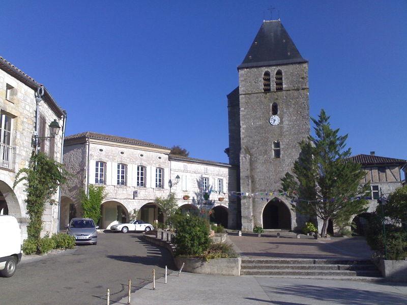 Photo du Monument Historique Eglise Saint-Jacques situé à Beauville