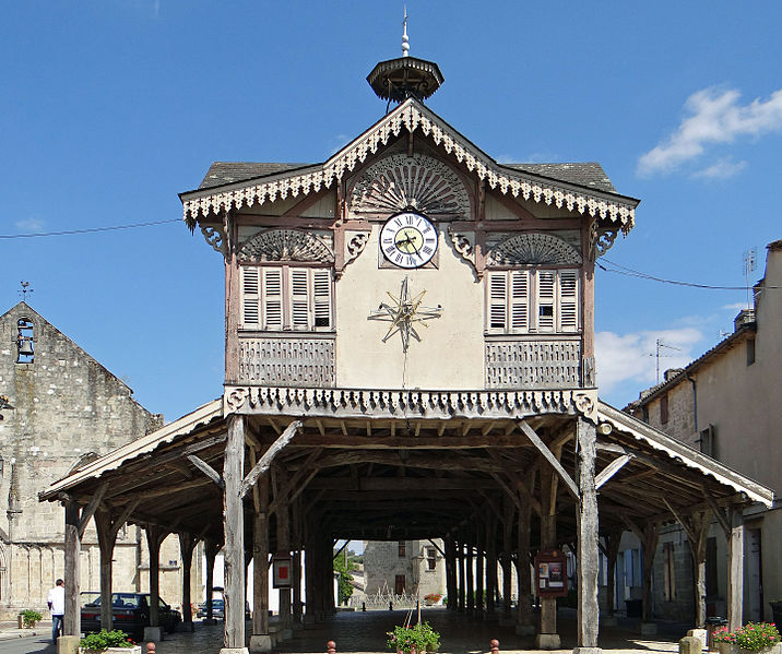 Photo du Monument Historique Halle situé à Gontaud-de-Nogaret