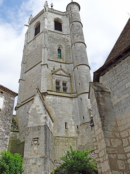 Photo du Monument Historique Tour situé à Hautefage-la-Tour
