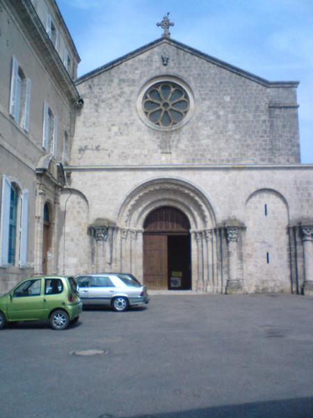 Photo du Monument Historique Eglise Saint-Martin situé à Layrac