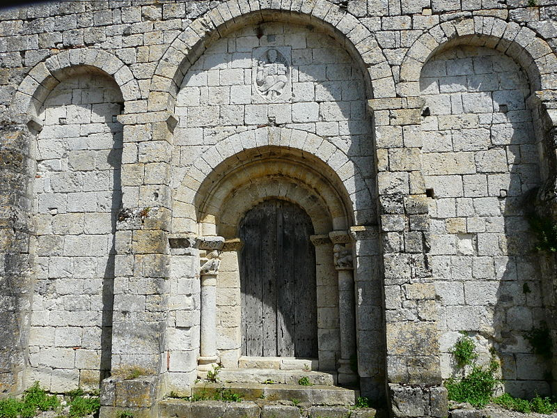 Photo du Monument Historique Eglise de Fontarède situé à Moncaut
