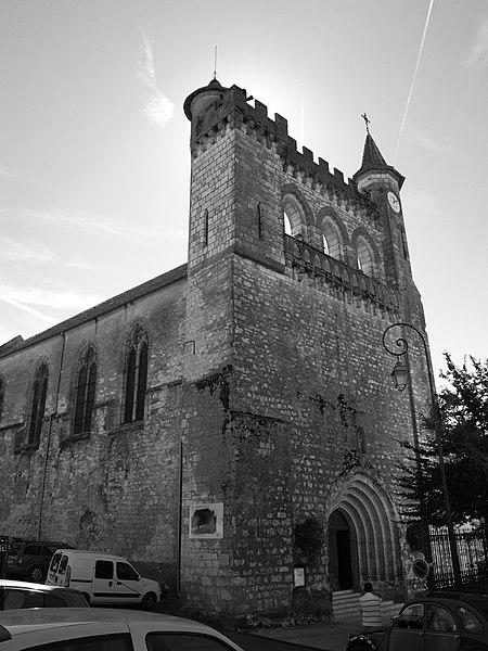 Photo du Monument Historique Eglise Saint-André situé à Monflanquin
