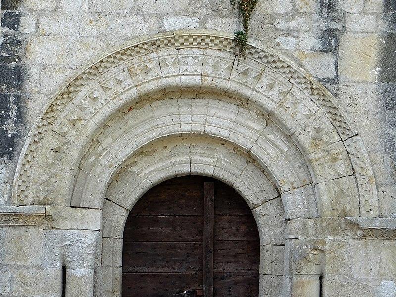 Photo du Monument Historique Eglise Saint-Caprais situé à Saint-Caprais-de-Lerm