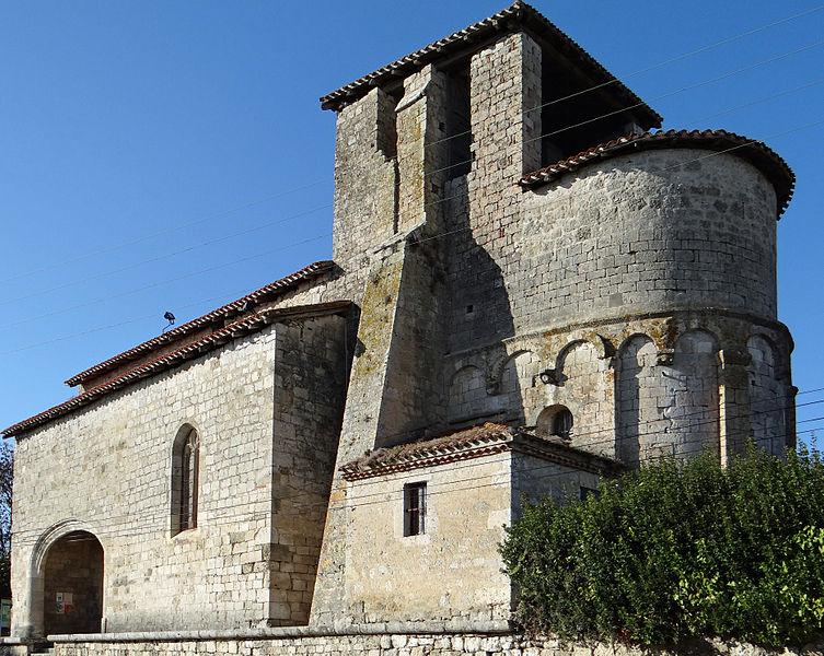 Photo du Monument Historique Eglise de Luzignan situé à Saint-Hilaire-de-Lusignan