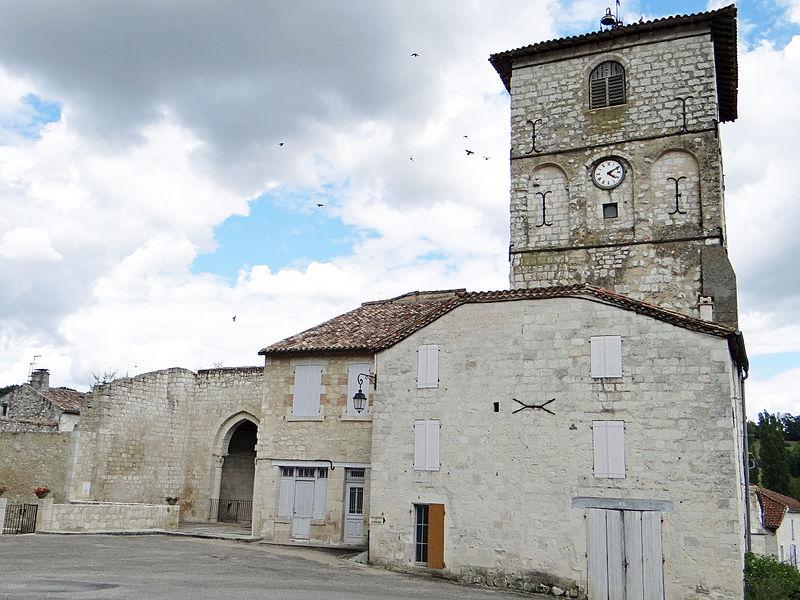 Photo du Monument Historique Ancienne abbaye situé à Saint-Maurin