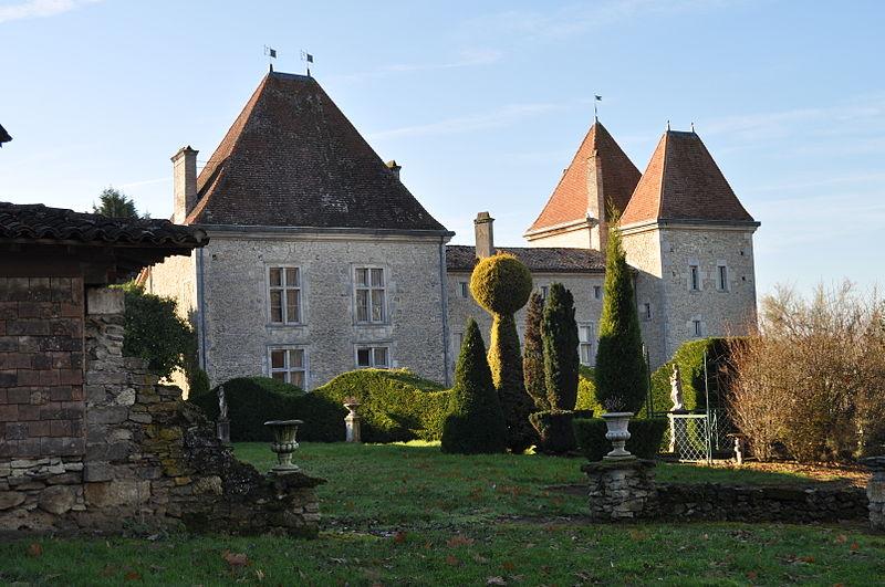 Photo du Monument Historique Château de Malvirade situé à Grézet-Cavagnan