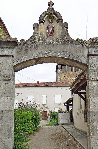 Photo du Monument Historique Ancien couvent dit Maison des Dames de la Foy situé à Clairac