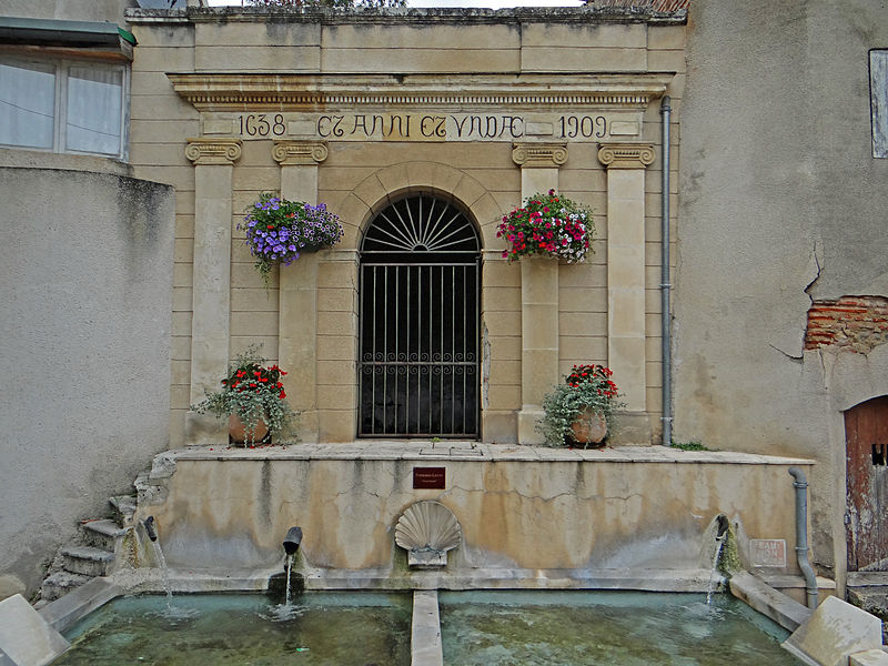 Photo du Monument Historique Fontaine municipale dite Font'Grand situé à Clairac
