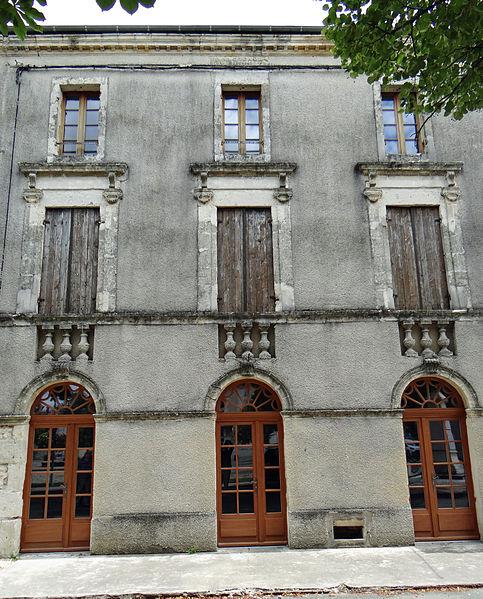 Photo du Monument Historique Ancien café le Sébastopol situé à Granges-sur-Lot
