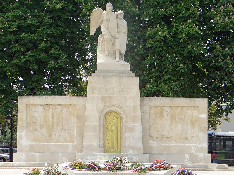 Photo du Monument Historique Monument aux morts de la guerre 1914-1918 situé à Agen