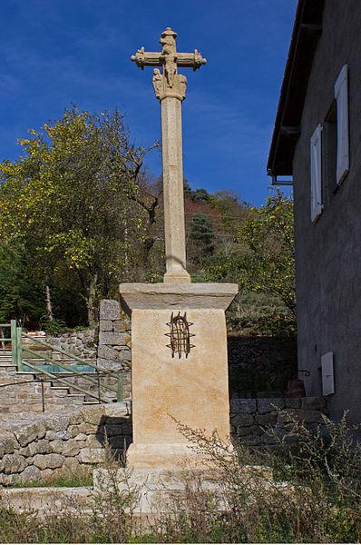 Photo du Monument Historique Croix situé à Auroux