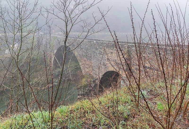 Photo du Monument Historique Pont de Montferrand situé à Banassac