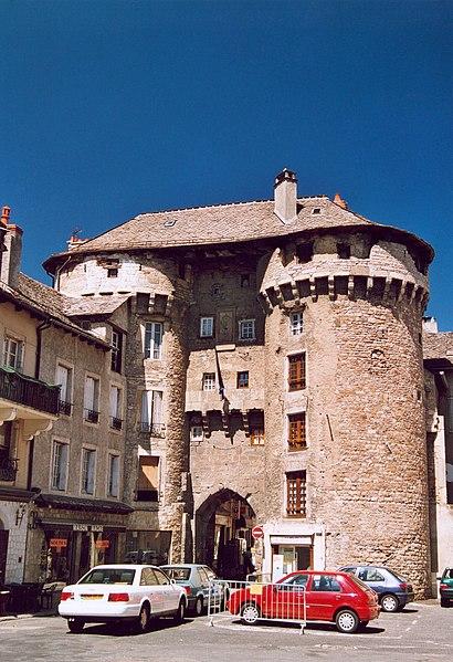 Photo du Monument Historique Porte de Chanelles situé à Marvejols