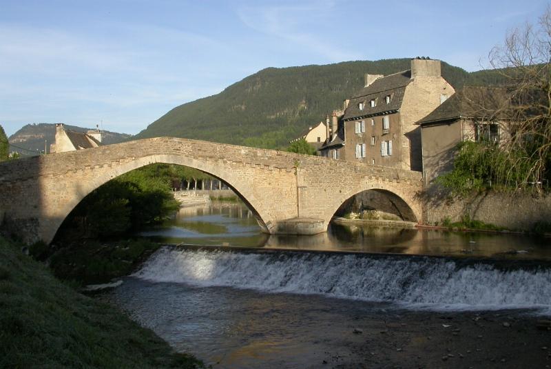 Photo du Monument Historique Pont Notre-Dame situé à Mende