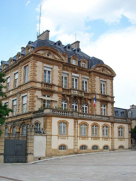 Photo du Monument Historique Préfecture situé à Mende