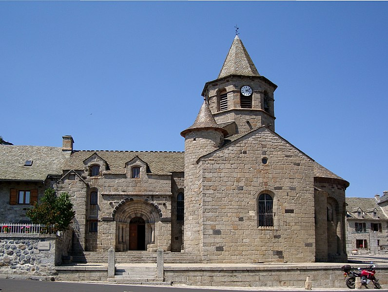 Photo du Monument Historique Eglise Sainte-Marie situé à Nasbinals