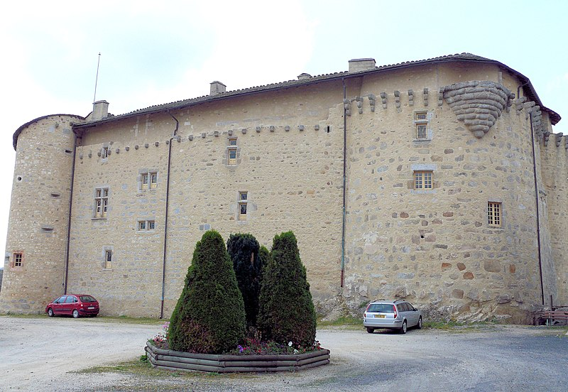 Photo du Monument Historique Château situé à Saint-Alban-sur-Limagnole