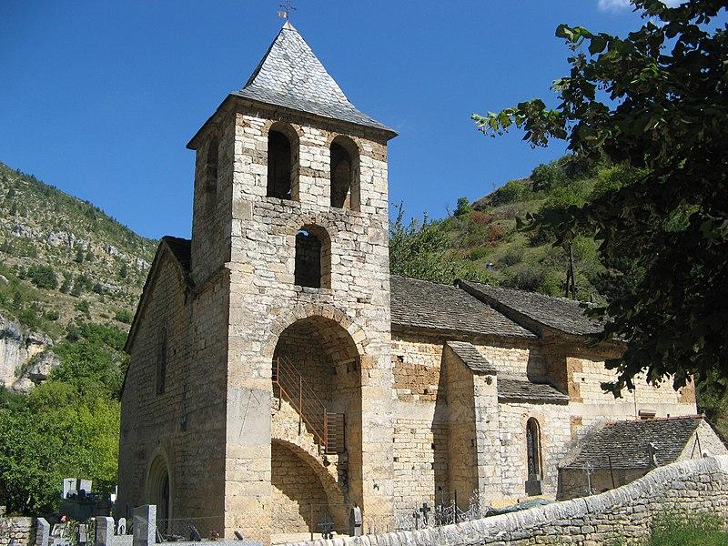Photo du Monument Historique Eglise paroissiale de l'Assomption de Saint-Chély-du-Tarn situé à Sainte-Enimie