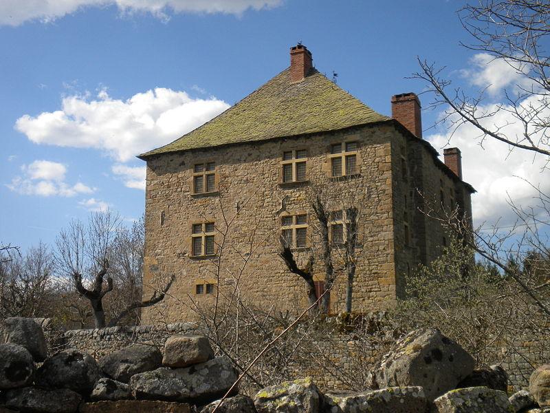 Photo du Monument Historique Maison forte de Bahours situé à Mende