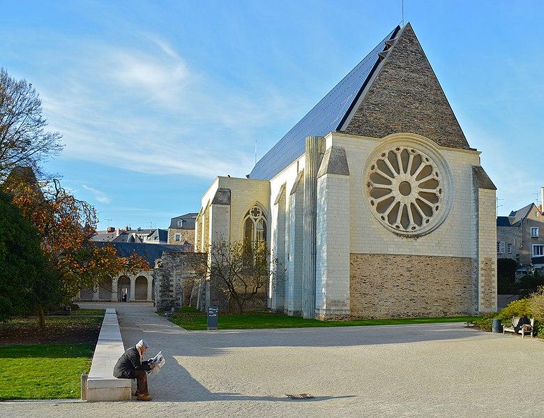 Photo du Monument Historique Abbaye Toussaint situé à Angers