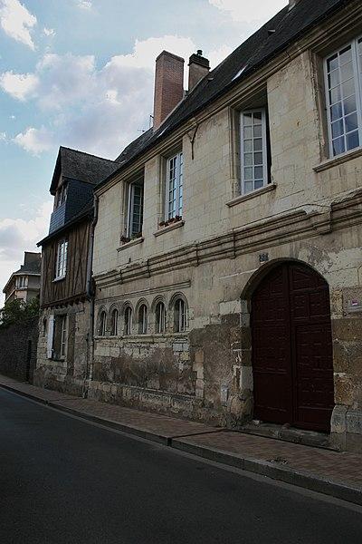 Photo du Monument Historique Couvent du Carmel situé à Angers