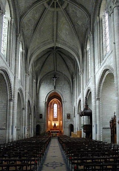 Photo du Monument Historique Eglise de la Trinité situé à Angers