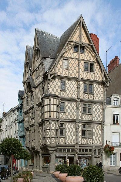 Photo du Monument Historique Maison d'Adam et Eve ou de l'Arbre de Vie situé à Angers