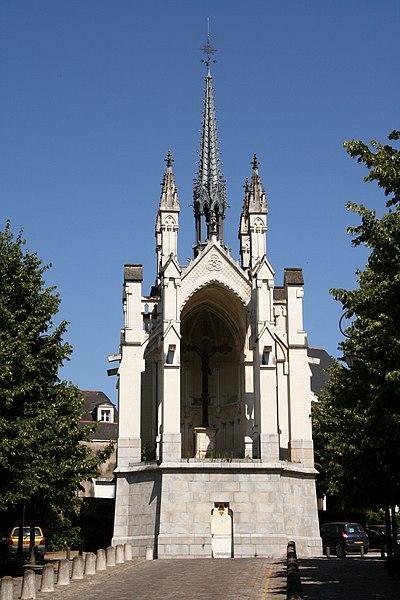 Photo du Monument Historique Reposoir du Tertre-Saint-Laurent situé à Angers