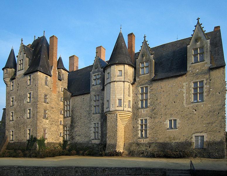Photo du Monument Historique Château de Baugé situé à Baugé