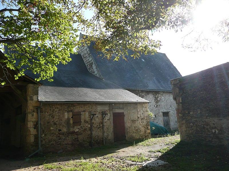 Photo du Monument Historique Prieuré de la Colombe situé à Brissac-Quincé