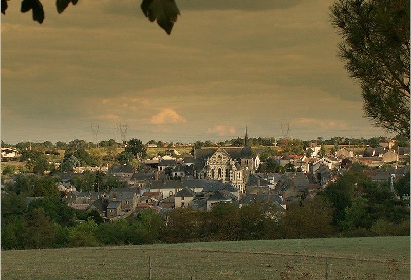 Photo du Monument Historique Eglise situé à Chanzeaux