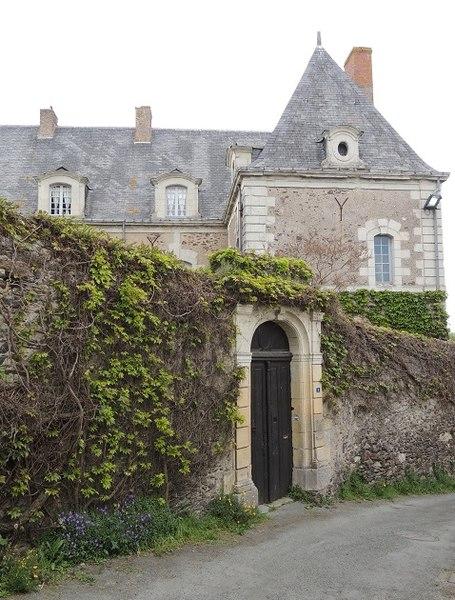 Photo du Monument Historique Presbytère situé à Denée