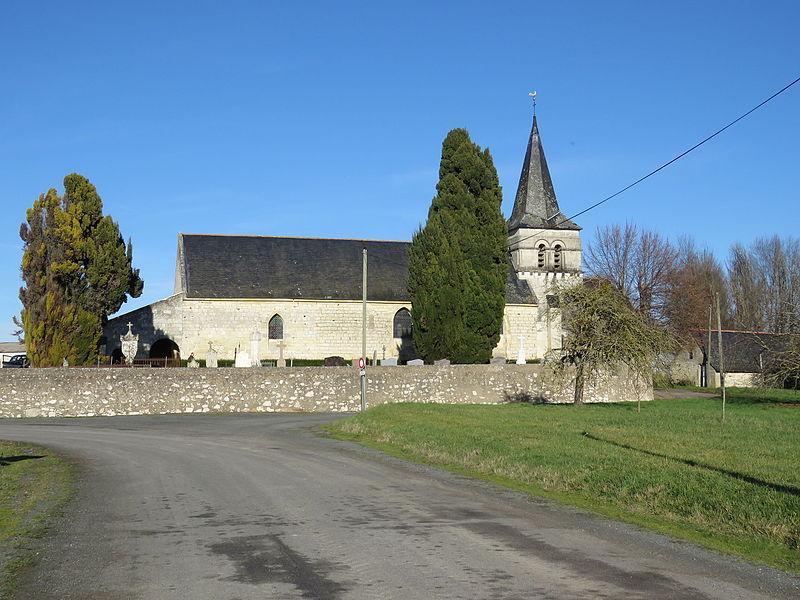 Photo du Monument Historique Eglise situé à Dénezé-sous-Doué