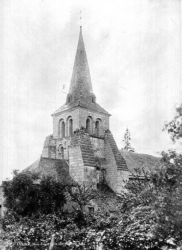 Photo du Monument Historique Eglise situé à Distré