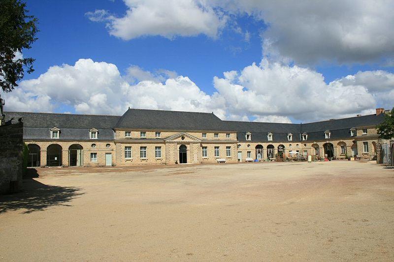 Photo du Monument Historique Château de Soulanger ou château des Basses-Minières situé à Doué-la-Fontaine