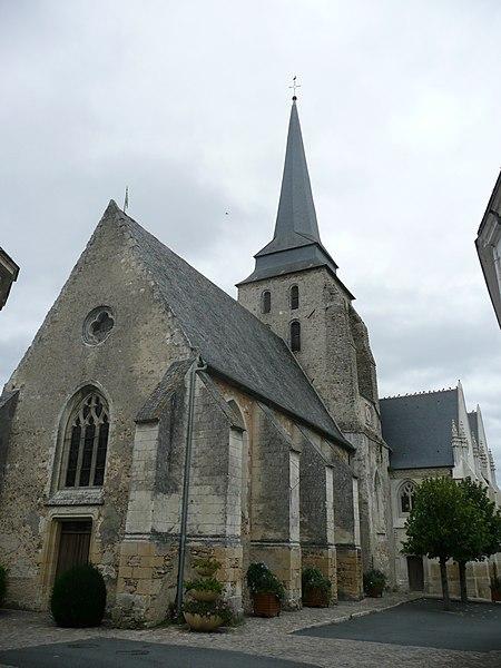 Photo du Monument Historique Eglise Saint-Cyr et Sainte-Julitte situé à Jarzé