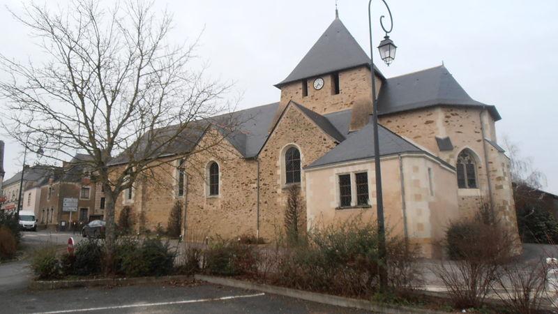 Photo du Monument Historique Eglise situé à Marigné