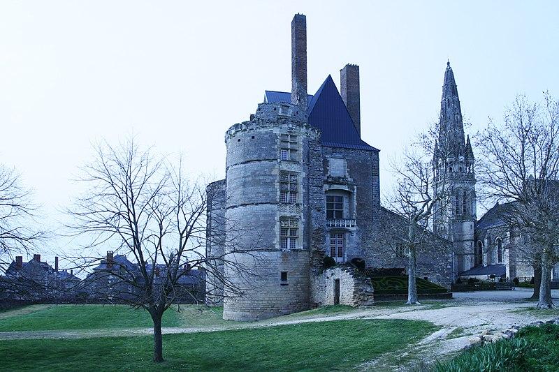 Photo du Monument Historique Château situé à Martigné-Briand
