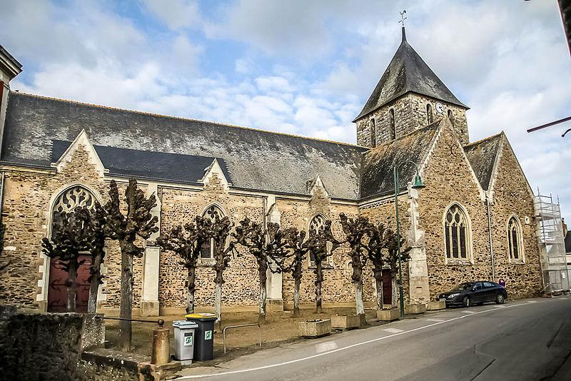 Photo du Monument Historique Eglise situé à Miré